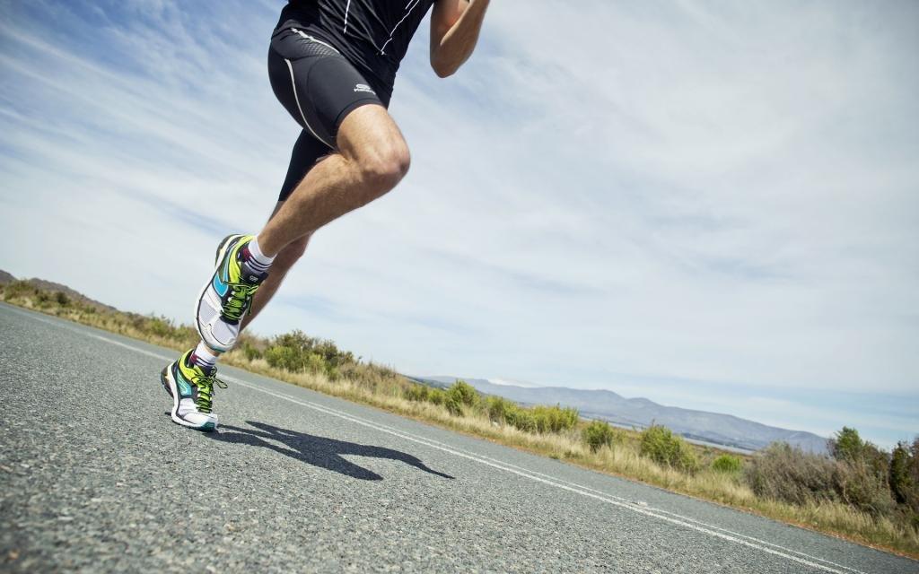 mizuno кроссовки для бега